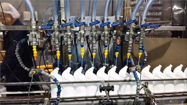 Potpuno automatsko sredstvo za čišćenje WC-a Bileach Linearna mašina za punjenje